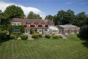 Bidborough House Large garden lawn stripes